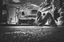 car-repair-362150_640