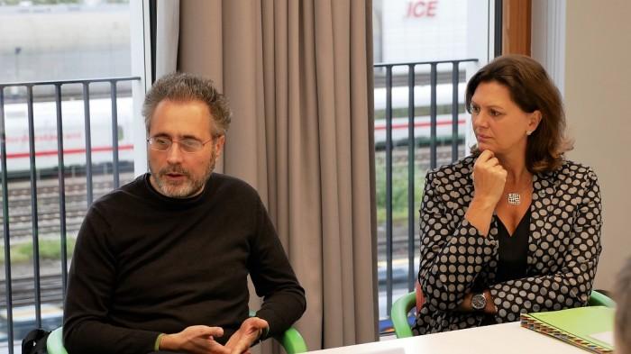 Ilse Aigner und Urs Hölzle beim Google Cloud Deutschland Launch in München (Bild: Cloudmagazin)