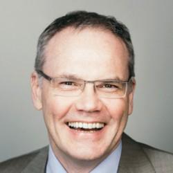 Dr. Stefan Ried