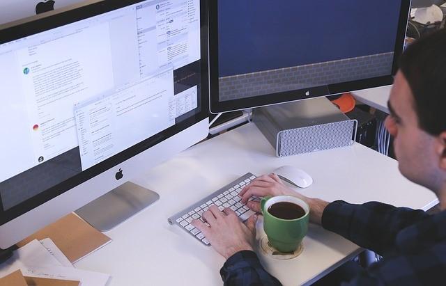 Digitalisierung am modernen Arbeitsplatz