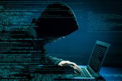 Sicherheitsrisiken Hacker cloudmagazin